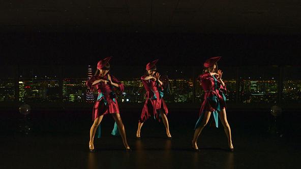 「TOKYO GIRL」生パフォーマンス (okmusic UP's)