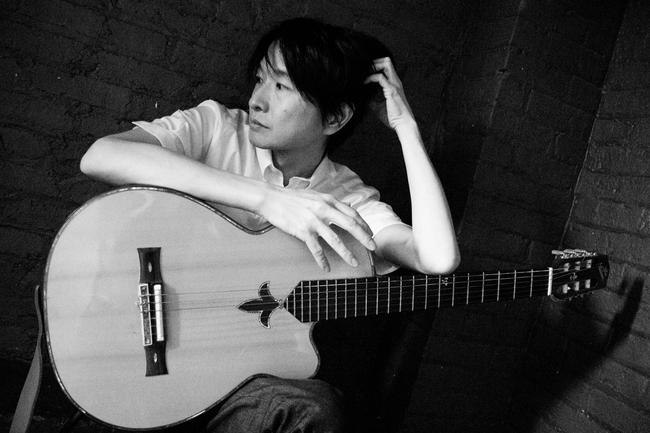 小沢健二、19年ぶりとなるシングルを急遽発売&特設サイトにて過去のMVを公開