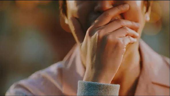 「愛を両手に」MV キャプチャ (okmusic UP's)