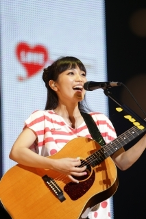 【miwa】6 月12日(木)@『LOVE  in  Action  Meeting  (LIVE)』@日本武道館 (okmusic UP's)