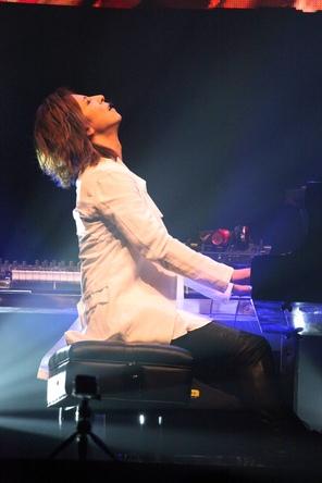YOSHIKI、バンコクでライブ敢行 (okmusic UP\'s)