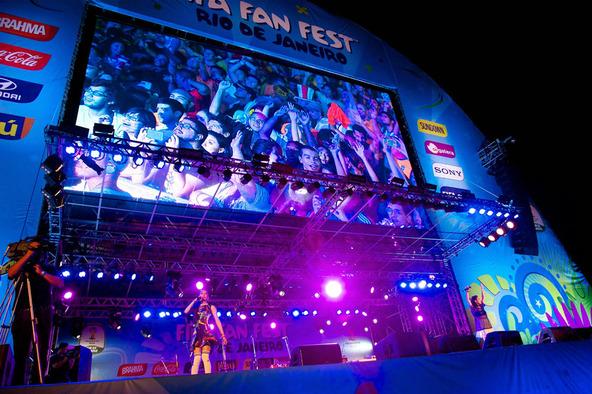 中島美嘉×加藤ミリヤ、「FIFA Fan Fest」に出演 (okmusic UP's)