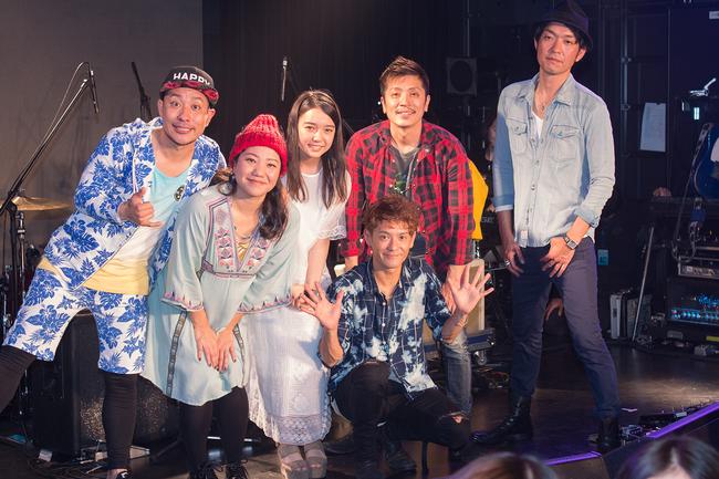 HY、アルバムリリース記念イベントにて上白石萌音と名曲「366日」をコラボ披露!