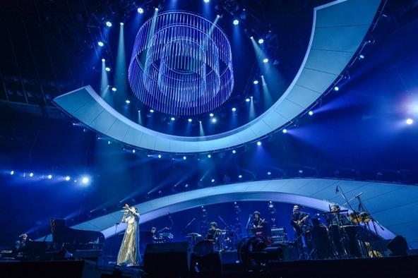 『絢香 10th Anniversary SUPER BEST TOUR』より (okmusic UP's)