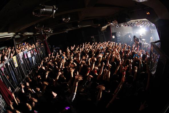 「男風呂」&「女風呂」ライブ写真 (okmusic UP's)