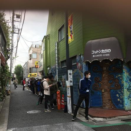JETSET下北沢店 開店前の行列 (okmusic UP's)