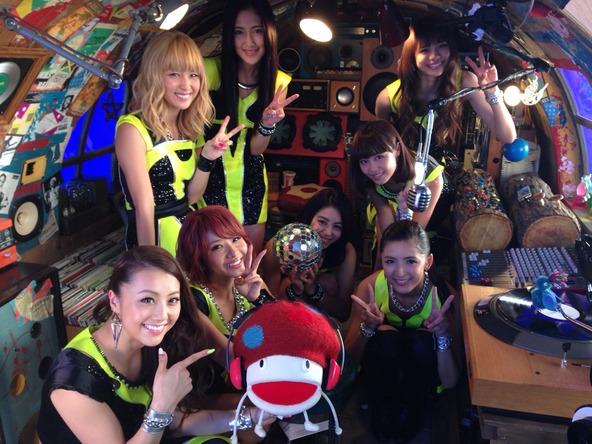 E-girlsがNTTドコモ「dヒッツ」のCMに出演 (okmusic UP's)