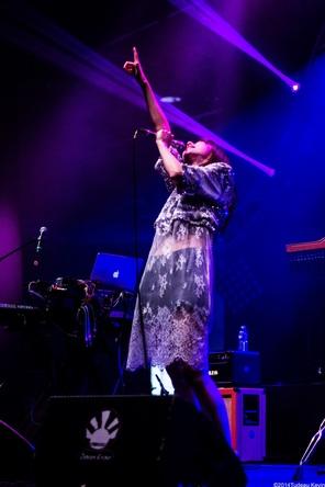 moumoonが『Japan Expo』にて自身2回目のフランスライブを実施 (okmusic UP's)