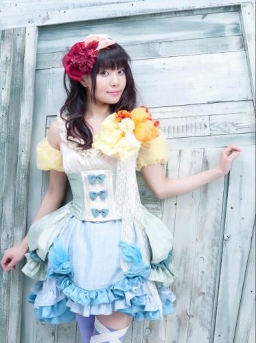 8月6日に1stコンセプトアルバムをリリースする声優・米澤円