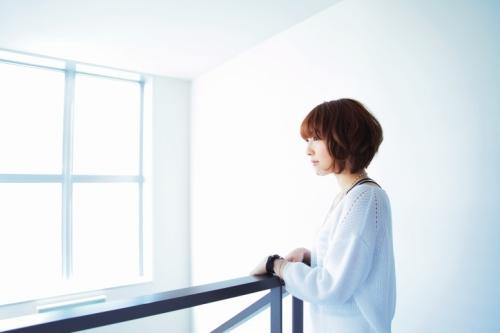 """TVアニメ「Fate/stay night」のOPテーマでデビューすることが決定した、北海道出身の新人女性シンガー""""綾野ましろ"""""""