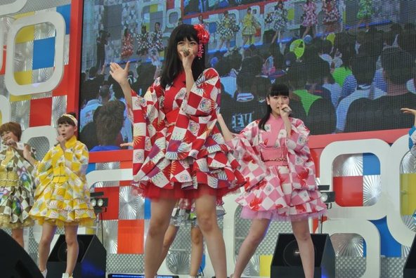【SUPER☆GiRLS】 8月1日@お台場新大陸・新大陸ステージ (okmusic UP's)