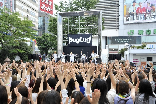 8月9日(土)@新宿ステーションスクエア (okmusic UP's)