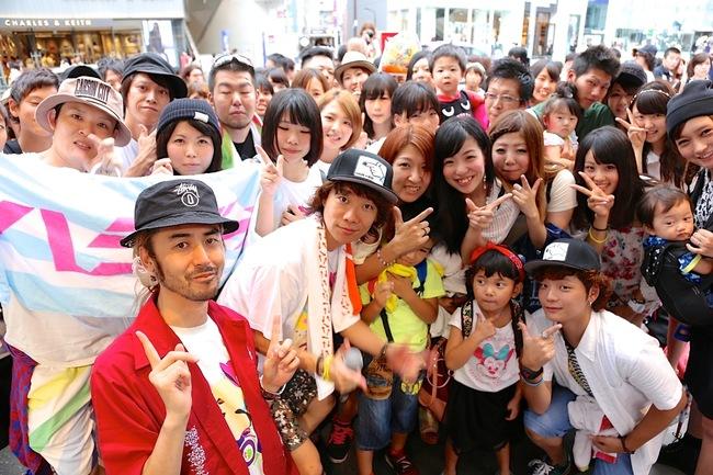 8月12日、ハジ→が原宿でゲリラライブ実施!