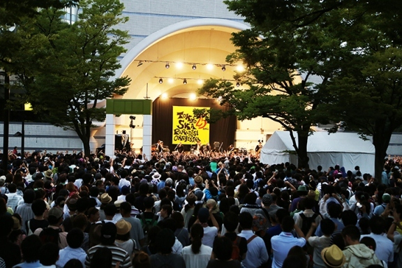 8月12日(火)  代々木公園野外ステージ (okmusic UP's)