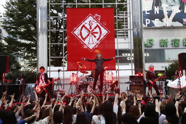 9月3日@新宿東口アルタ前広場特設会場 (okmusic UP's)