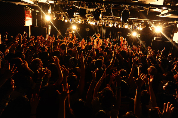 9月9日@TSUTAYA-O Crest(BLUE ENCOUNT) (okmusic UP's)