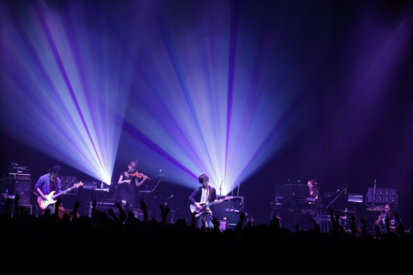 10月8日(水)@東京 Zepp DiverCity TOKYO (okmusic UP's)