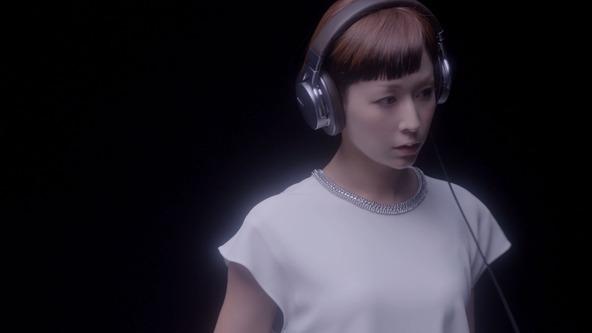 ソニー ウォークマン(R) 新CM 「禁断のWALKMAN(R)篇」 (okmusic UP's)