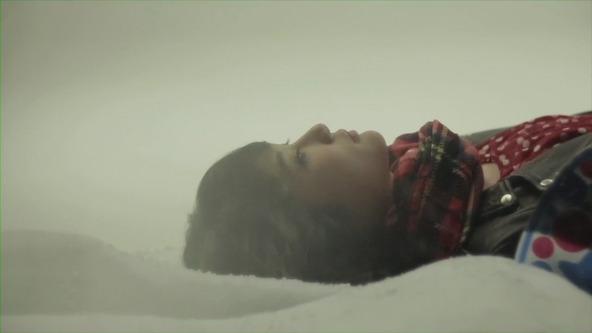 「さらば青春」MVより (okmusic UP's)