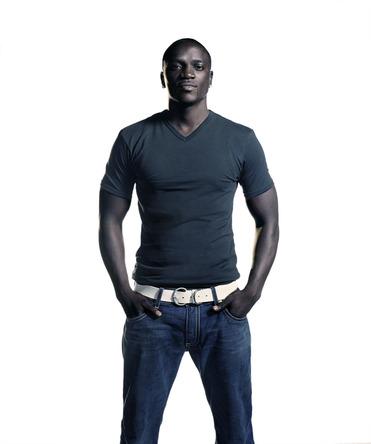 Akon (okmusic UP's)