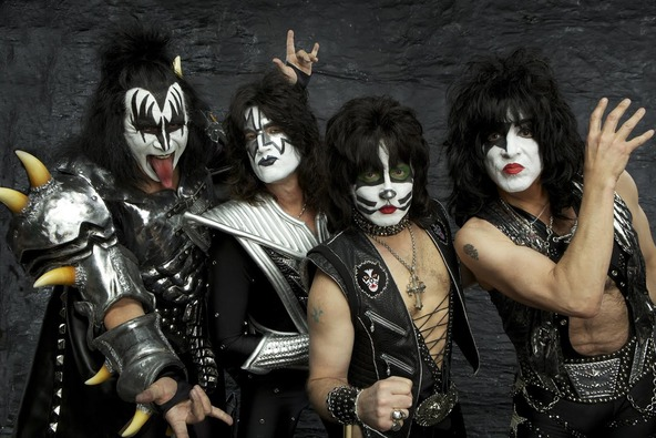 KISS (okmusic UP's)
