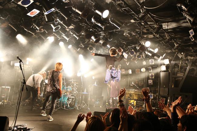 11月21日(金)@渋谷クラブクアトロ