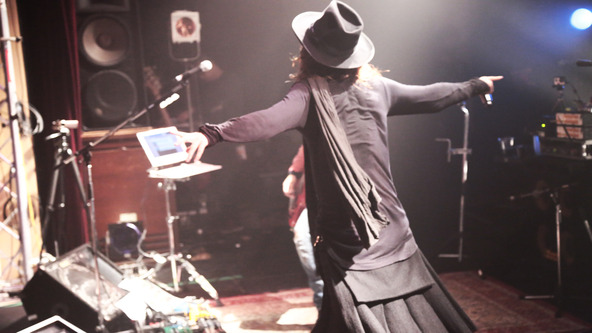 「TOUR 2014-2015 BEFORE THE NEXT SLEEP 『毒と華』」 (okmusic UP\'s)