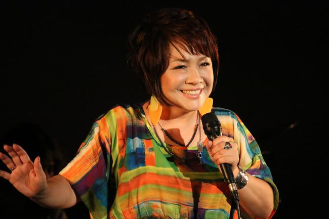 デビュー35周年を迎えた渡辺真知子がグッドエイジャー賞受賞記念LIVEを開催