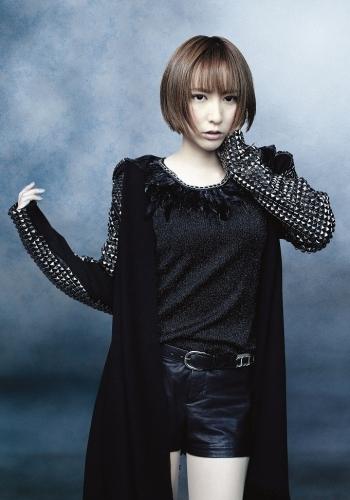 2月18日にはニューシングル「GENESIS」のリリースも決定している藍井エイル