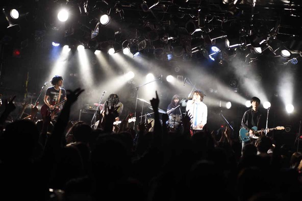 1月8日@ Shibuya CLUB QUATTRO (okmusic UP's)