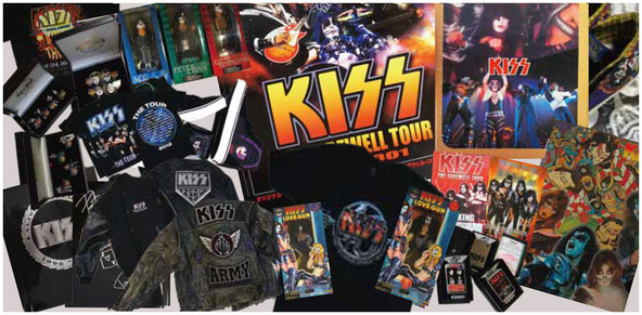 KISSの40年に渡る歴史を紐解く超貴重な展示物の数々 (okmusic UP\'s)