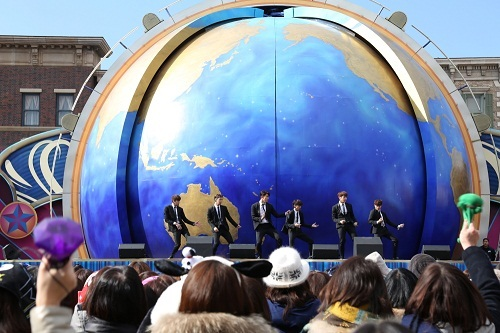「2PM New Year LIVE 2015 at UNIVERSAL STUDIOS JAPAN (R)」 (okmusic UP's)
