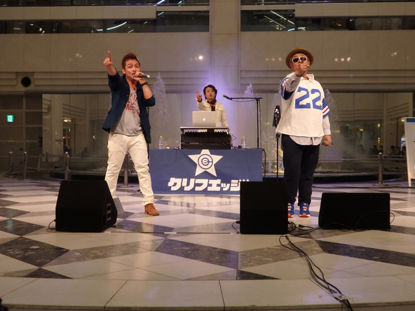 1月14日@池袋サンシャイン噴水広場 (okmusic UP's)