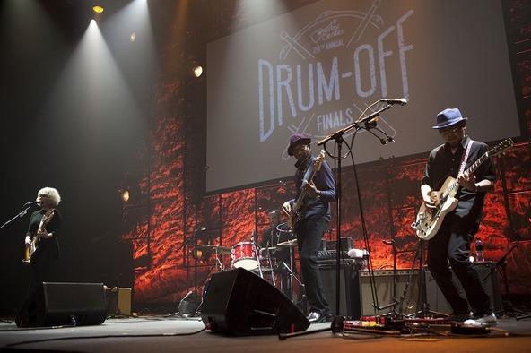 奥田民生がロサンゼルスにて初の海外ライブを実施 (okmusic UP's)