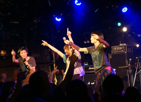 2013年12月16日(月)@渋谷CLUB QUATTRO (okmusic UP\'s)