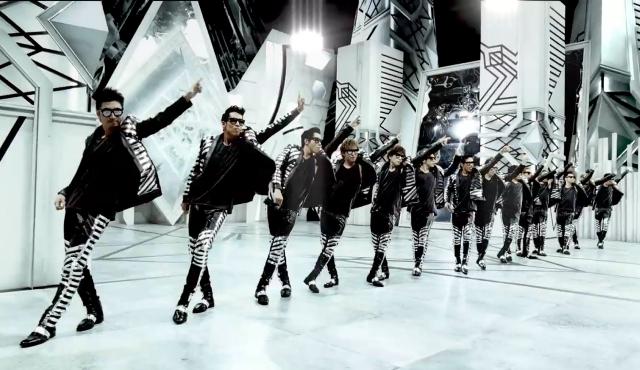 「DANCE INTO FANTASY」MV