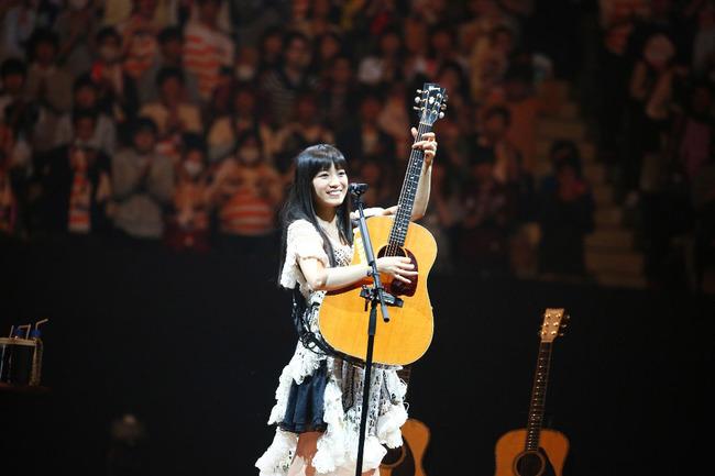 「miwa live at 武道館 〜acoguissimo〜」