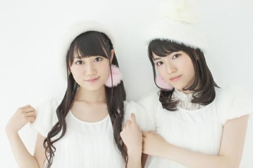 小倉唯(写真左)と石原夏織(写真右)による声優ユニット・ゆいかおり