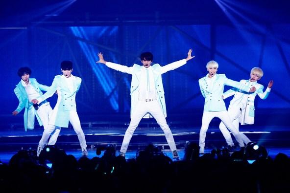 「APAN ARENA TOUR SHINee WORLD 2013〜Boys Meet U〜」ファイナル公演 (okmusic UP\'s)
