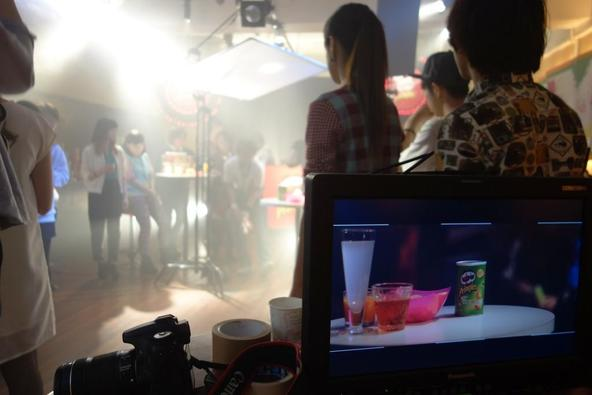 ブランドムービー「Pringles meets Cups」メイキング (okmusic UP's)