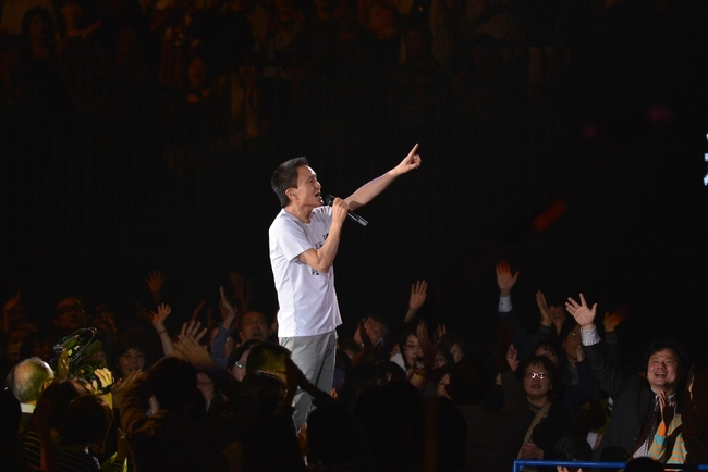 3月18日(水)@横浜・横浜アリーナ