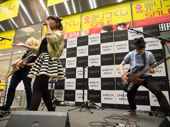 3月25日@マルイシティ渋谷 1F店頭プラザ (okmusic UP\'s)