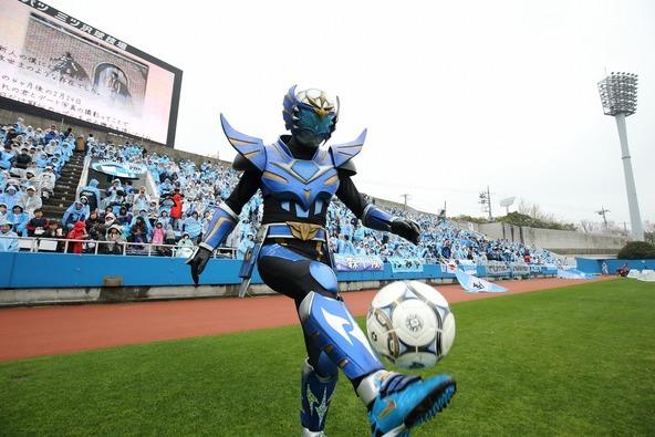4月5日(日)に行われた横浜FC vs ジュビロ磐田の公式戦前のイベントに登場した「蹴球リベラー」 (okmusic UP\'s)