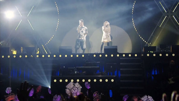 『THE BEST 2 MAN TOUR 2014』より (okmusic UP's)