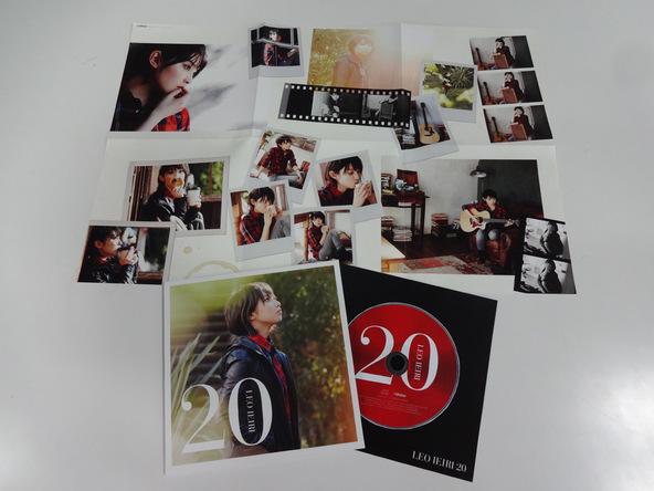 アルバム『20』ツアー会場限定盤 展開図写真 (okmusic UP's)