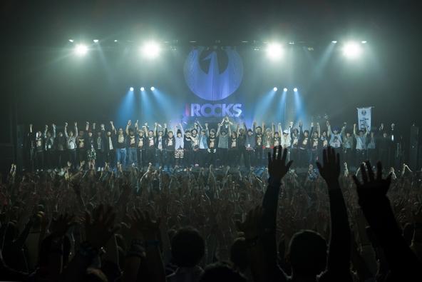 『I ROCKS 2015』2日目集合写真 (okmusic UP's)