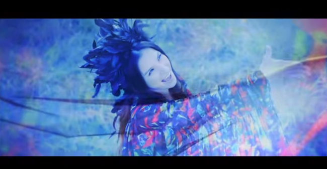 「Beautiful」MV