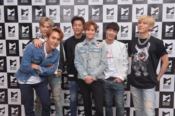 BEAST (写真左より、ドンウン、ジュンヒョン、ドゥジュン、ヨソプ、ギグァン、ヒョンスン) (okmusic UP's)