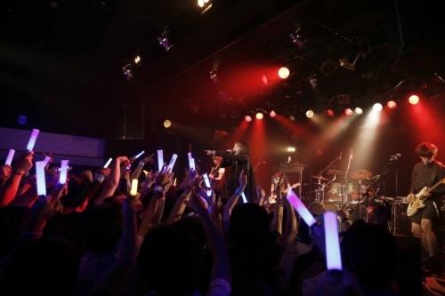 """藍井エイルライブハウスツアー""""Eir Aoi LIVE TOUR 2015 -BEYOND THE LAPIS-""""仙台公演の模様"""