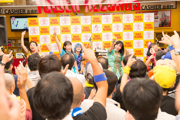 6月3日@ Tower Records Shibuya商店(okmusic UP's)